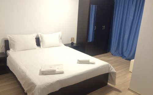 Room 1 Beach House Hotel Mamaia North
